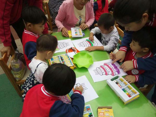 """[阳城]阳城区中心幼儿园""""迎国庆 庆十一幼儿美术作品展"""""""