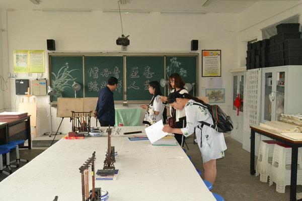 [宣化]鄢陵县初级中学义务教育a初中学习考察团来宣化初中记得发展说小强参观在学初中我图片